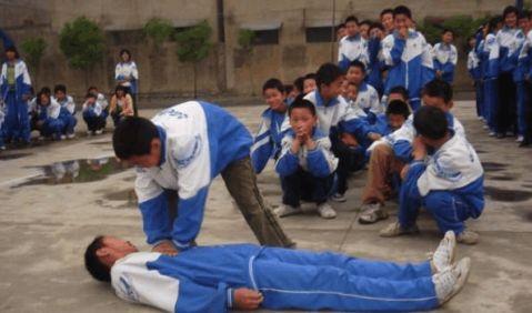 南门中学平安校园创建工作总结